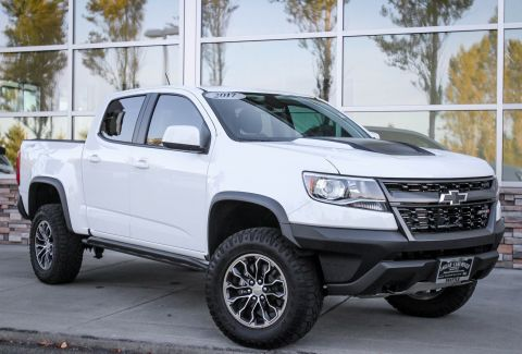 PRE-OWNED 2017 CHEVROLET COLORADO 4WD ZR2 4WD