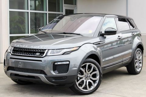 CERTIFIED PRE-OWNED 2017 LAND ROVER RANGE ROVER EVOQUE SE PREMIUM WITH NAVIGATION & 4WD