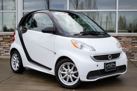 PRE-OWNED 2016 SMART FORTWO ELECTRIC DRIVE PASSION RWD 2DR CAR