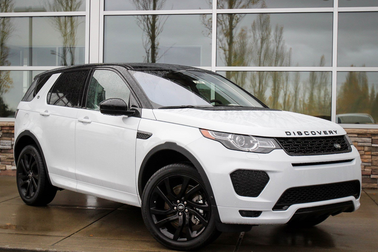 new 2018 land rover discovery sport hse sport utility in lynnwood 21997 land rover seattle. Black Bedroom Furniture Sets. Home Design Ideas