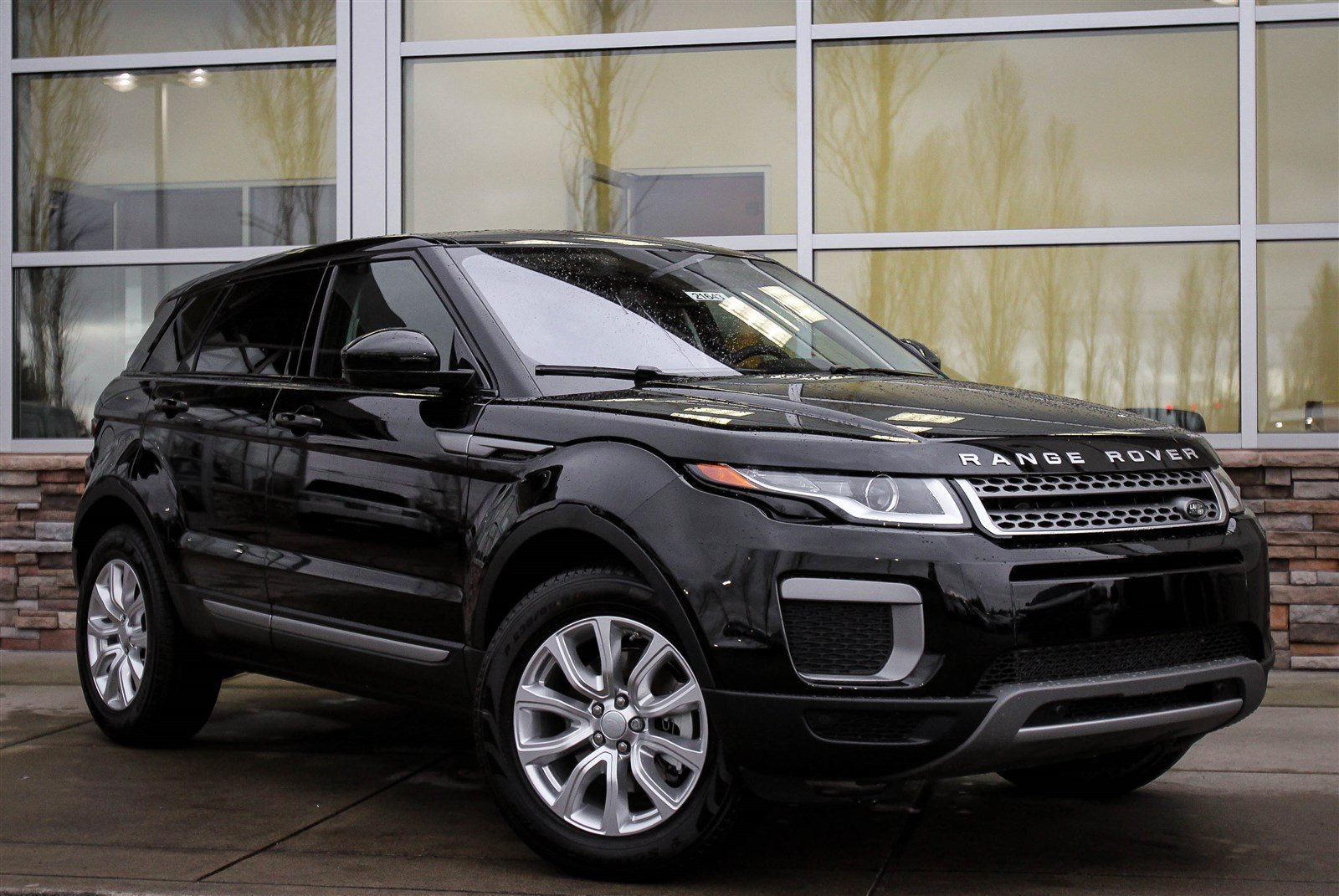 new 2017 land rover range rover evoque se sport utility in lynnwood 21643 land rover seattle. Black Bedroom Furniture Sets. Home Design Ideas