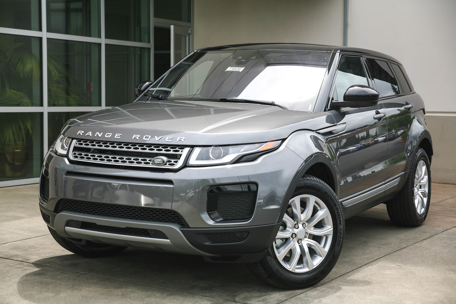 new 2018 land rover range rover evoque se sport utility in lynnwood 73928 land rover seattle. Black Bedroom Furniture Sets. Home Design Ideas