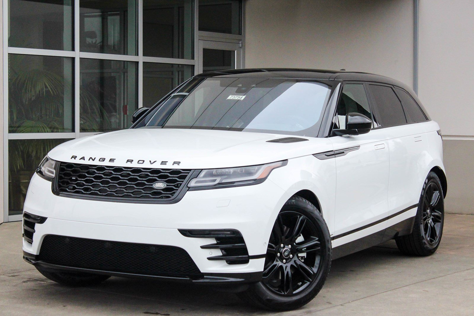 new 2018 land rover range rover velar r dynamic se sport utility in lynnwood 73754 land rover. Black Bedroom Furniture Sets. Home Design Ideas